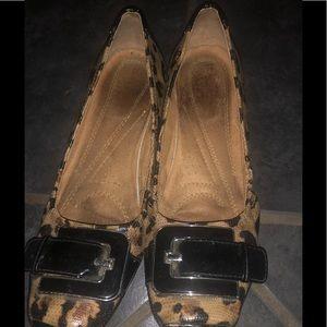 Naturalizer Flat shoes